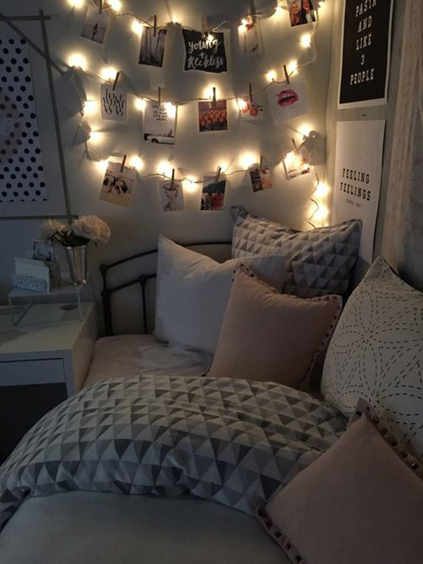 dorm-room-ideas-with-hanging-photos